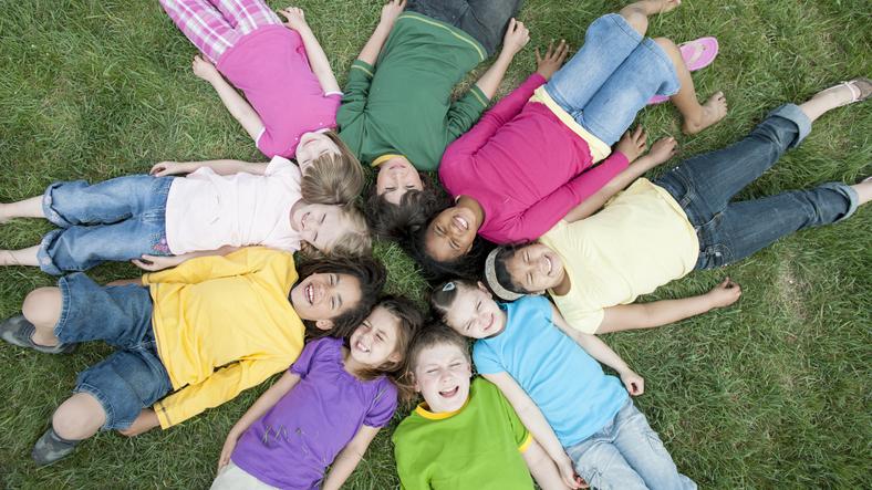 After School & Summer Youth Programs/Programas para jovenes despues de la escuela y de verano